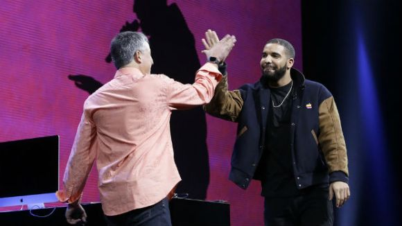 Eddy Cue and Drake